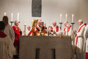 Pontifikalamt in der Kirche Heilig Kreuz