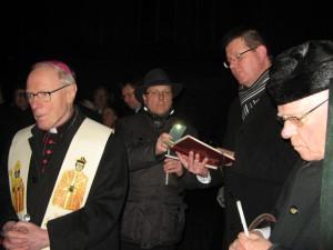 v. l. Erzbischof em. Werner Thissen, Benedikt Elshoff, Propst Johannes Mecking, Ernst Geerkens