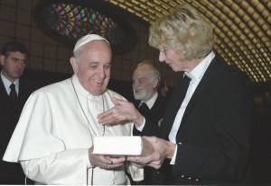 Papst Franziskus, Hans-Karl Seeger und Christa Bockholt