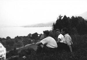 Walter Vinnenberg zwischen Karl Leisner (l.) und Hermann Mies auf der Schweizfahrt 1932