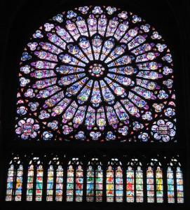 nördliche Fensterrose der Kathedrale Notre-Dame in Paris