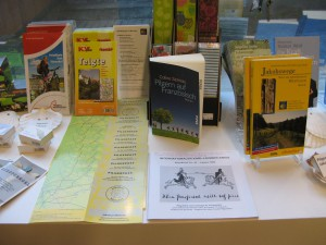 Büchertisch im Museum