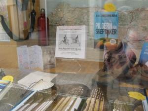 Schaufenster der Buchhandlung LesArt