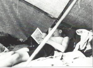 Karl Leisner 1928 als Vorleser im Zelt