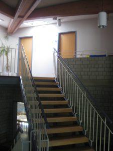 krefeld-pfarrheim-treppenhaus